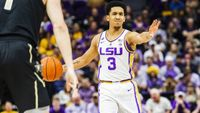 LSU Basketball climbs to #9 in AP poll after claiming SEC title
