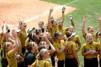 Ranked Missouri softball shuts out Kansas in Clearwater Invite 8-0