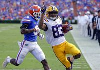 LSU upsets No. 21 Florida 17-16 in the Swamp