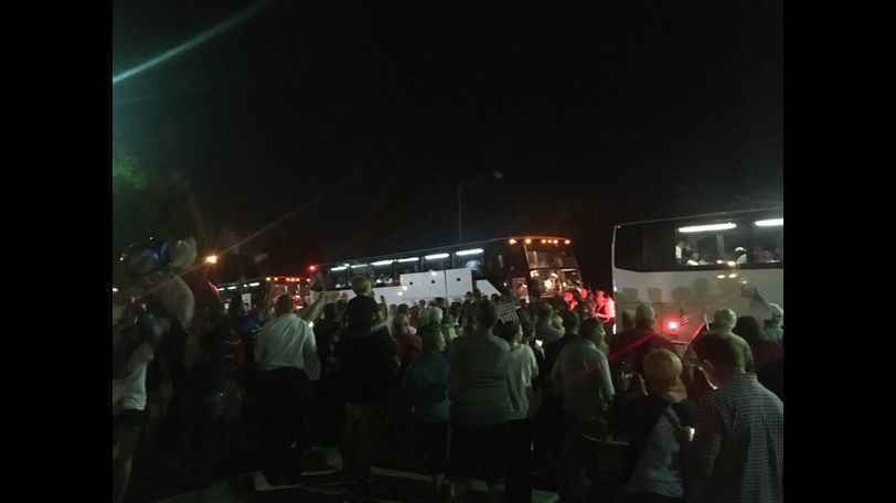 Busses filled with veterans return to Columbia after traveling to Washington D.C. and back.