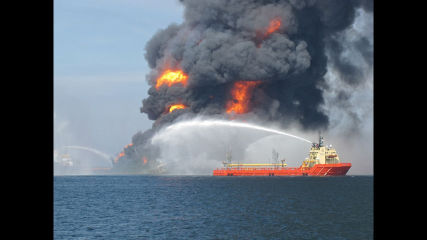bp deep water horizontal explosion The bp deepwater horizon rig exploded in 2010, killing 11 workers millions of gallons of oil spewed into the gulf of mexico following the blast us coast guard photo.