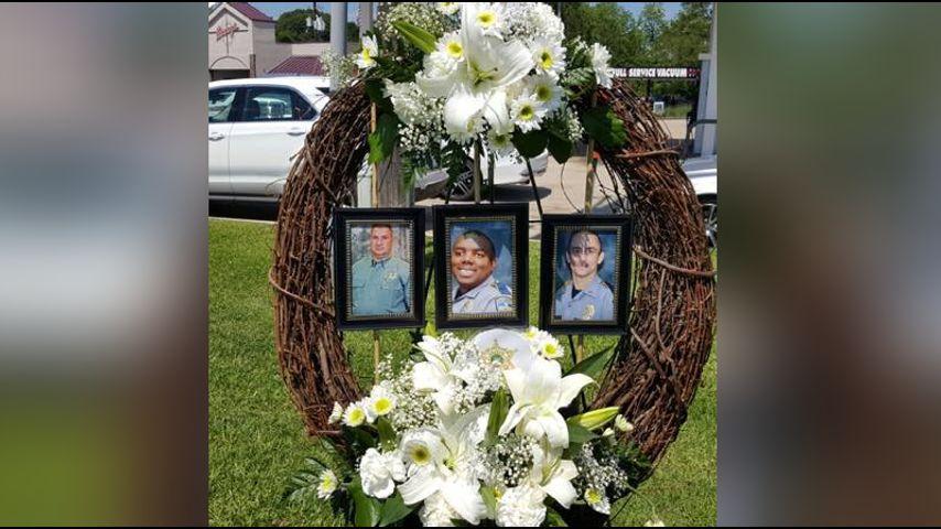 Memorial ride honors fallen Baton Rouge, Dallas officers