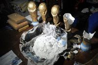 Argentina: cocaine seized in World Cup trophy replicas