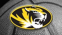 Geist leads Missouri past Green Bay 100-77