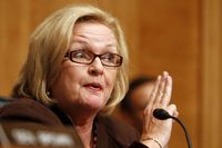 TARGET 8 Fact Check: Ad says McCaskill works across the aisle
