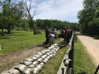 Local river town prepares for flood waters, puts sandbags along Katy Trail