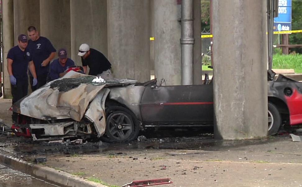 Fatal Car Crash Bodies Dead Body Car Crash Pictures