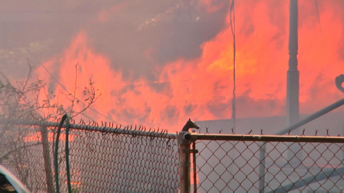 Educators become heroes during fire that burned three houses | WBRZ News 2 Louisiana : Baton Rouge, LA |