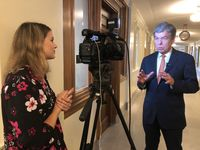 Foundation works with Sen. Blunt to donate $50 million to cancer research