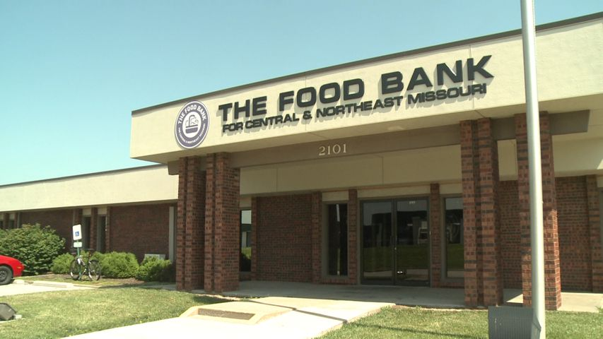 The Food Bank for Central & Northeast Missouri set a goal for 25 percent of its distributed food to be produce.