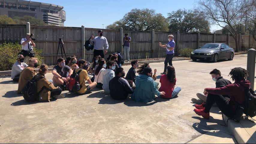 Student protesters gather outside LSU Athletics offices Monday amid fallout from Title IX report - WBRZ