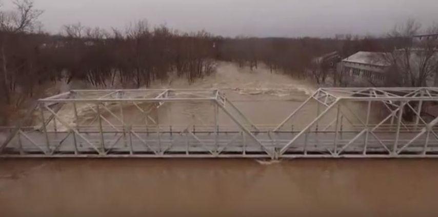Ameren addresses Lake docks floating away due to opened floodgates