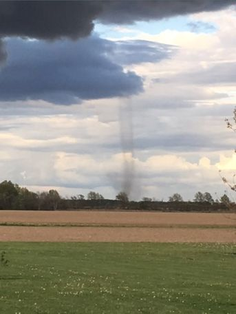 This photo comes from KOMU 8 News viewer Jim Curtis.