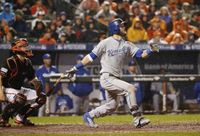 Story image: Royals sign veteran OF Alex Gordon to $4M contract for 2020