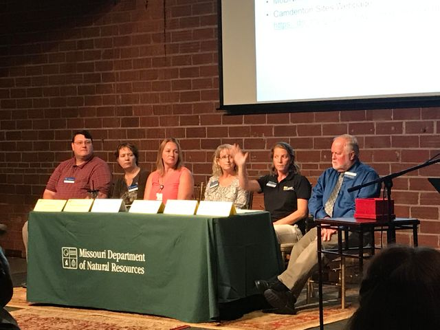 Question and answer panel at MoDNR's meeting