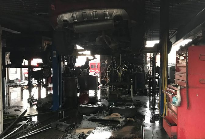 One person hurt in fire at Camdenton auto shop