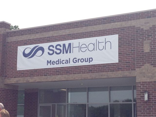 New walk-in health clinic in Fulton opens.
