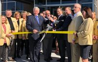 Story image: Governor and Mayor applaud new Columbia hospital