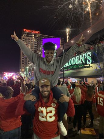 Tyrin Smithson celebrating the Chiefs Super Bowl win.