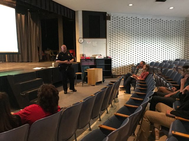 Sgt. Doug Ruediger informs parents of Missouri teen driving statistics.