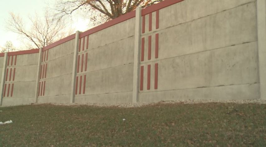 Construction on privacy wall will slow traffic on route 50