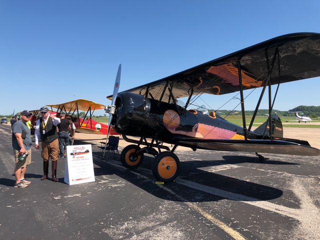 Airplane tour brings aviation enthusiasts from all over the country