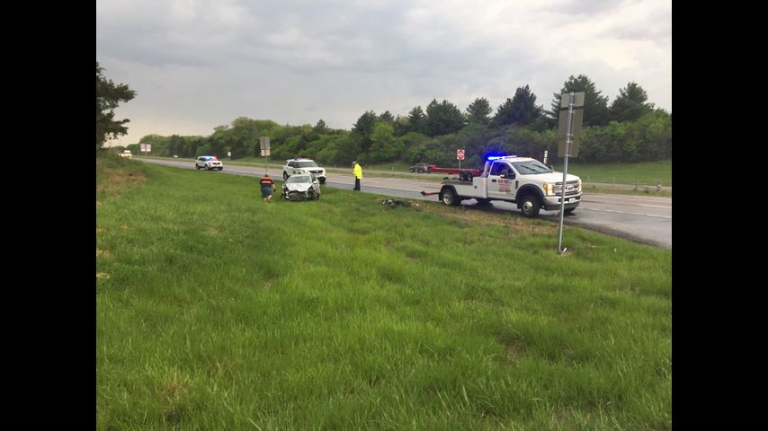 Crash slows traffic on Highway 63 south of Ashland